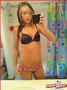 haily cell phone self pics in her bra and panties