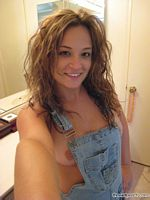 wet peach veronica self pics in overalls